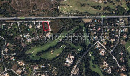Grundstück zum Verkauf in Los Altos de Valderrama, Sotogrande