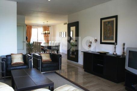 Spacious Groun-Floor Apartment in La Marina