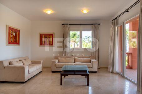 Villa for sale in Sotogrande Alto