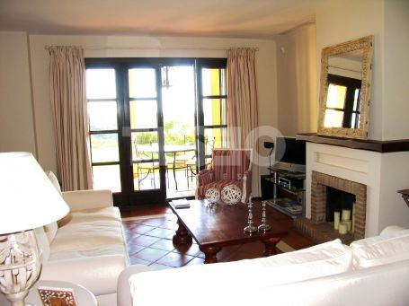 2 bedrooms townhouse in los Cortijos de la Reserva