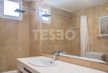 Townhouse for Rent in Paseo del Rio