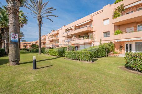 Apartamento con impresionantes vistas en Primera Linea de Playa