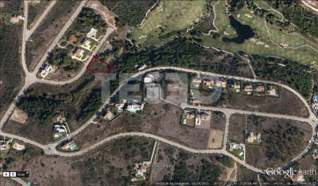 Plot for Sale in Calle Magnolia, la Reserva, Sotogrande