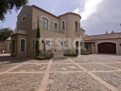 Villa in EXclusive Area of Sotogrande Alto for sale