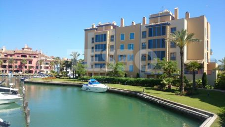 2 apartments together in penthouse level with great sea views and a berth of 15* 5 meters