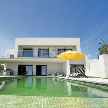 Villa with sea views at La Paloma