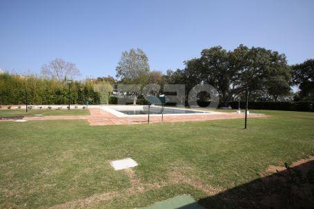 Large duplex in Casa Cortijos, Sotogrande