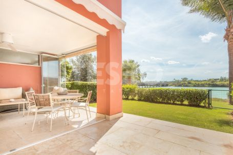 Bright Groundfloor Apartment and very nicely furnished in la Marina of Sotogrande