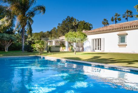 Villa with 5 bedrooms in the Kings and Queens Area of Sotogrande Costa