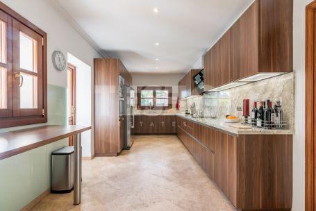 Beautiful property in prestigious lower Sotogrande