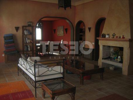 Beautiful villa in Sotogrande Alto with Arab Style