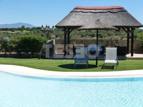 Villa in Los Cortijos de la Reserva, Sotogrande