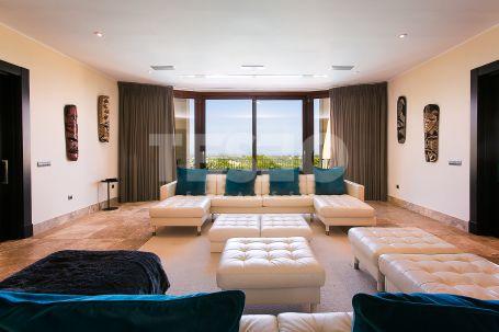 Spectacular Villa near the new Almenara Hotel, with open sea views