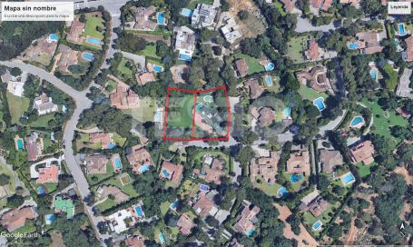 Villa with 2 Large Plots in a quite area of the A zone in Sotogrande Costa