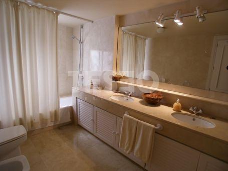 2 bedrooms apartment for sale in Puerto Deportivo