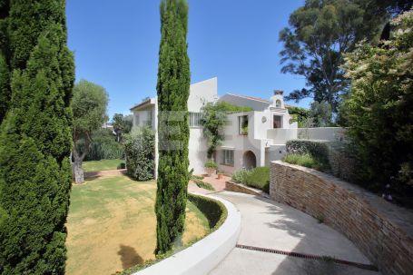 Spectacular 5 Bedrooms Villa in Sotogrande Costa