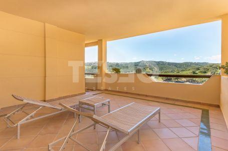 Beautiful Apartment in Urb. Los Gazules