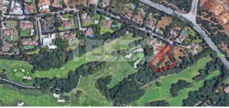 Plot of land overlooking Valderrama golf course