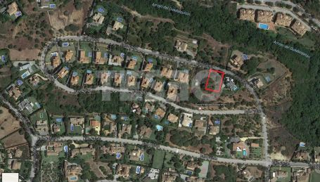 Plot for Sale in F zone in Sotogrande
