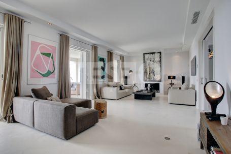 Exclusive villa with a contemporary style in la Reserva of Sotogrande