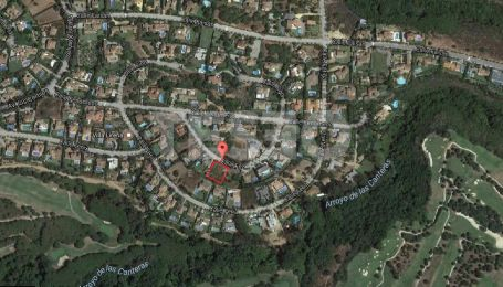 Plot for Sale in Zone F in Sotogrande Alto