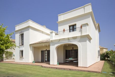 Villas for sale in Los Cortijos de la Reserva