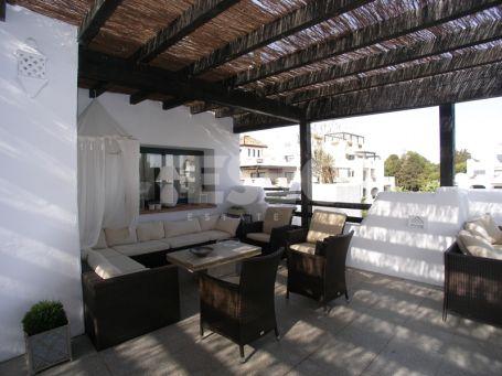 Semi penthouse for Sale in 'El Polo' Urbanization