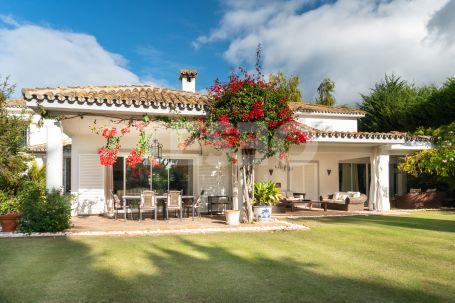5 Bedrooms Villa in Paseo del Parque, Sotogrande