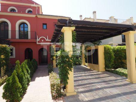 Town House in Los Cortijos de la Reserva, Sotogrande