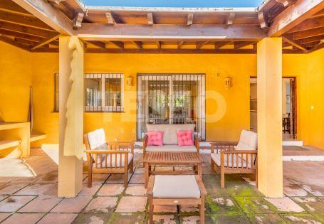 Estupenda Villa en Venta en Sotogrande Alto a Precio Oportunidad