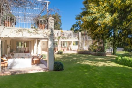 Exclusive Villa next to a Green Forest and just 900 meters from the beach in Sotogrande