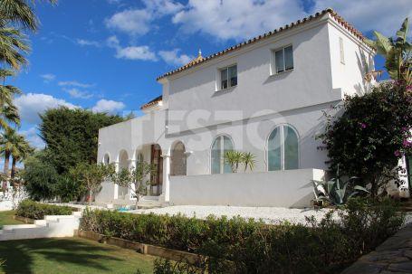 Impresionante casa contemporánea en Sotogrande Costa.