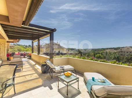 Beautiful penthouse, with South facing terraces
