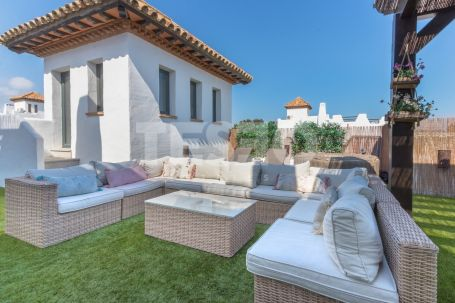 Unique penthouse located in the El Polo resort for sale