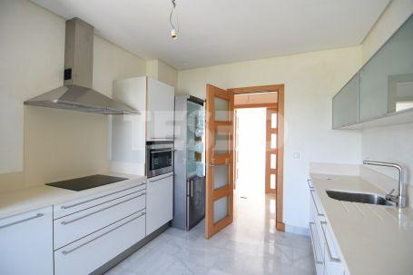 2 BEDROOM Apartment for rent in El Polo de Sotogrande, Sotogrande