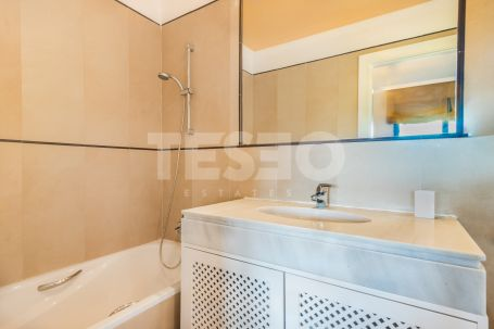 Spacious apartment in Los Gazules de Almenara, Sotogrande