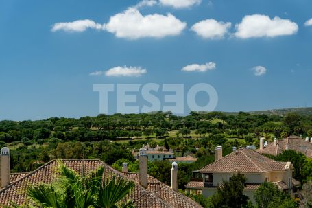 Lovely duplex penthouse apartment in Valgrande, Sotogrande, with South Orientation.