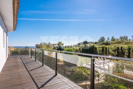 Spectacular South facing villa for Sale