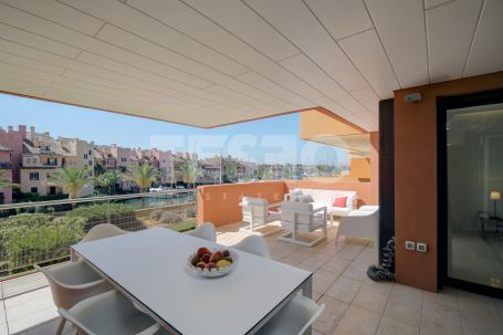 Exclusive apartment for sale in Ribera del Marlin