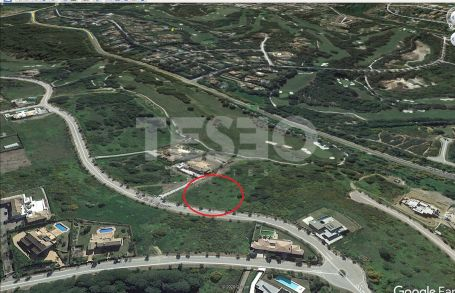 Nice Plot for Sale with la Reserva Golf and Sea Views. South Orientation