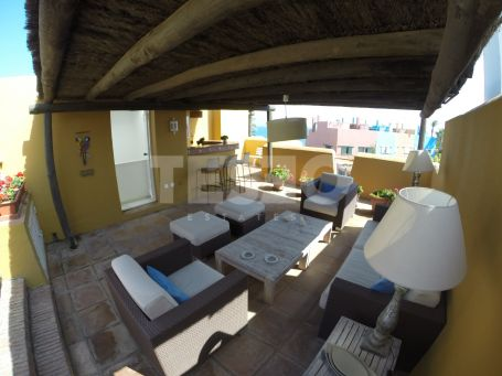 Town House for Rent in Lacasito, Sotogrande
