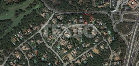 Plot for sale situated in a quiet area in Sotogrande Alto