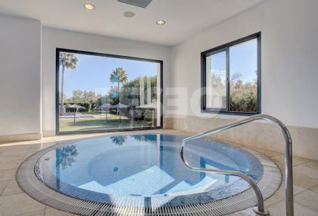 Semi penthouse in the Polo Complex with River and Polo Views