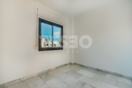 UNFURNISHED duplex semi penthouse for Rent in 'El Polo' Urbanization