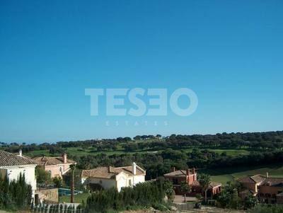 Plot for sale in a quite Cul de Sac and overlooking Almenara Golf Course