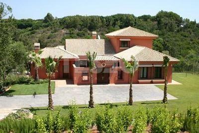 Villa for sale in the F area