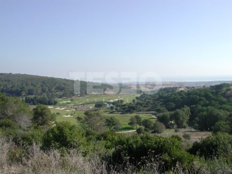 Plot with spectacular views for sale in La Reserva, Sotogrande