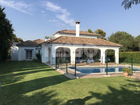 Villa in Zone B of Sotogrande