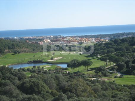 Plot for sale in La Reserva with excelent sea views and in a quite private road, Sotogrande