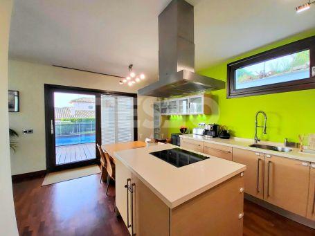 Villa for sale in Torreguadiaro, Sotogrande